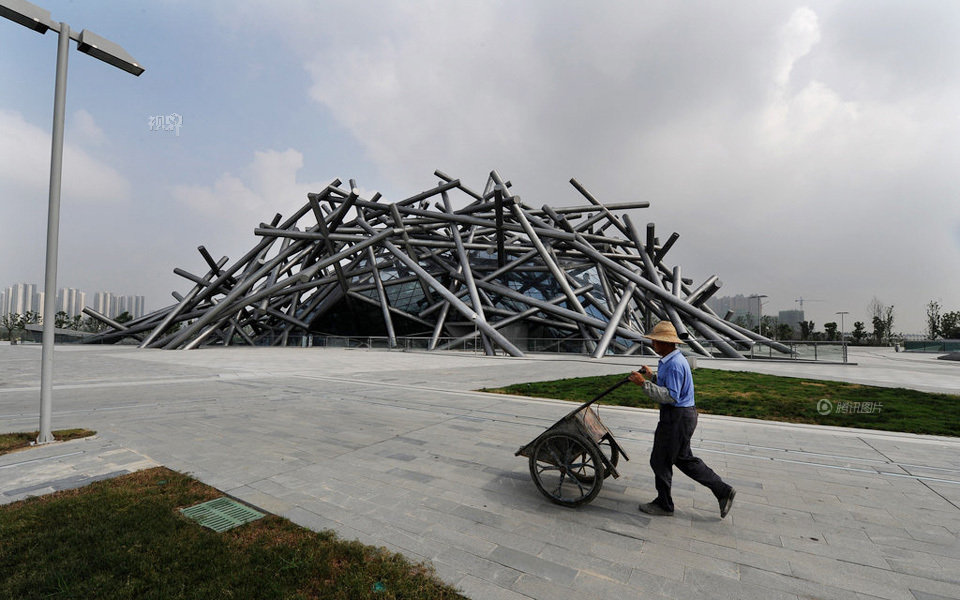 China's architecture design seeks unique style-Design of Garbage