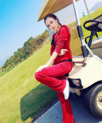 Chinese very pure girl's photos (104)She favourite pastime is golf.