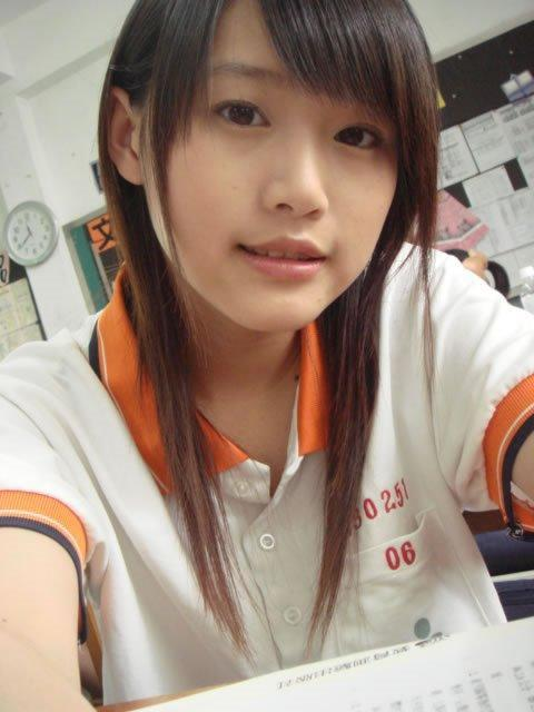 Chinese very pure girl's photos (111) Beautiful girls in high school