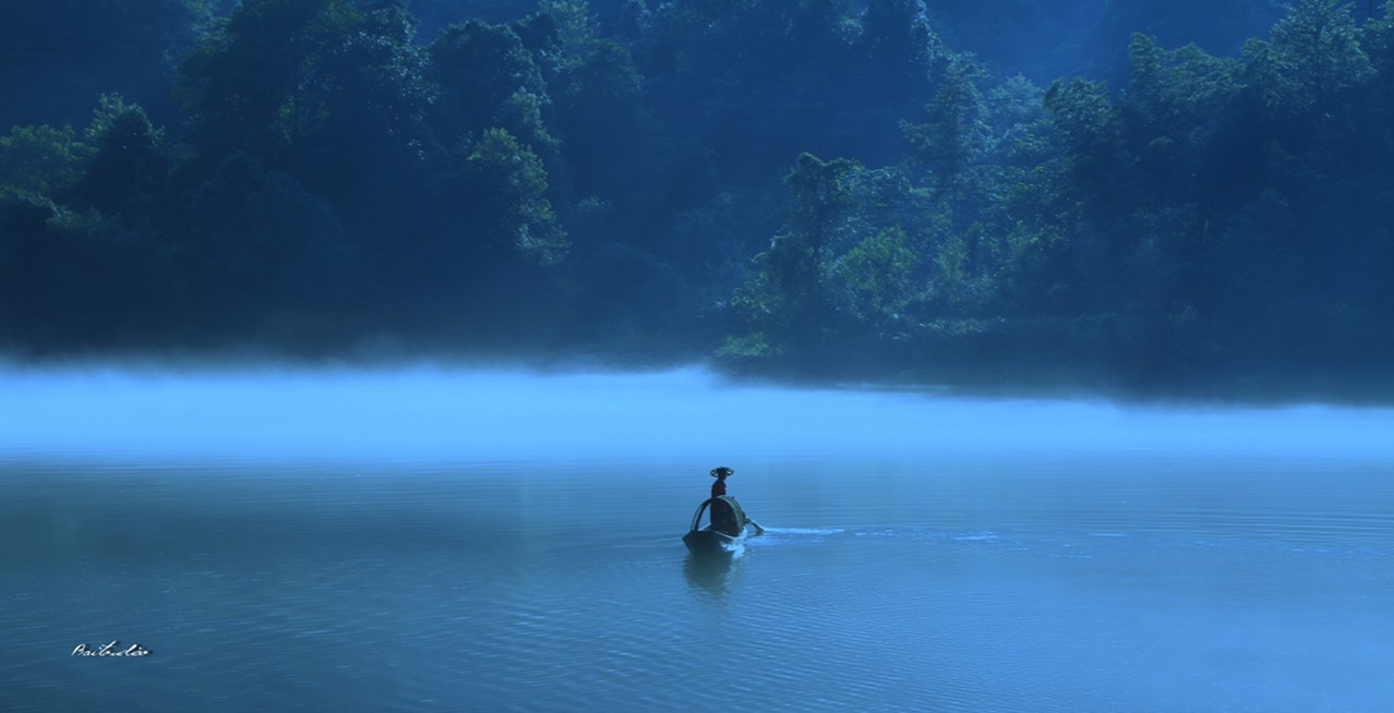26  A hidden river beneath the mist-Beautiful China HD!