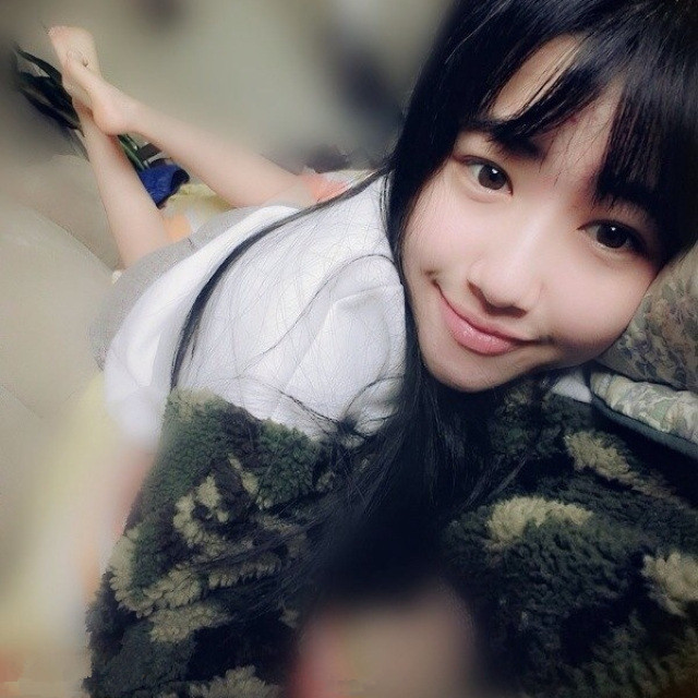 The most beautiful female college students in China   His name is: Yikun Kang Chinese girls
